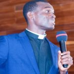'Everybody Needs Somebody' – Pastor Jonathan Kofie Tells Christians