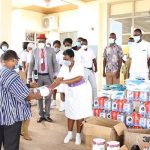Wa Area Donates To Regional Hospital, Prays With COVID-19 Patients