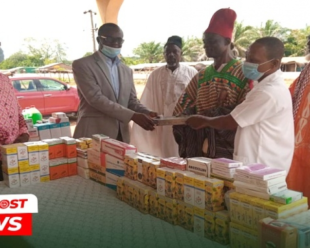 Bunbon District Donates To Bunbon Health Centre 1