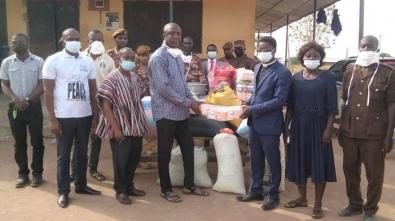 Amantin District Donates To Ejura Prisons (2)