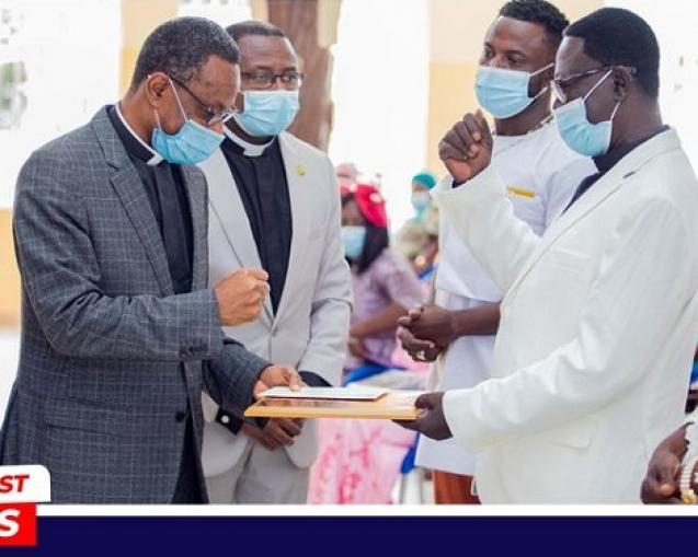 Pastor Asare -Konadu Retires (02)